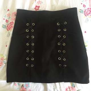 High Waisted Suede Skirt in Black