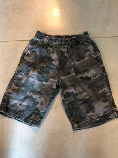 Uniqlo Boys shorts size M