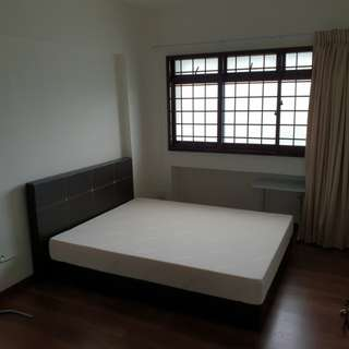 One Common Room For Rental in Hougang Ave 9