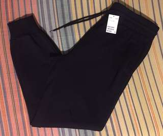 H&M Jogger Pants for Men Size Large (34 to 36 waist line)
