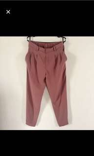 Uniqlo pink trousers