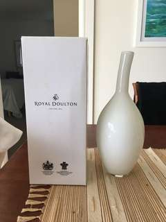 Royal Doulton White Vase 30cm