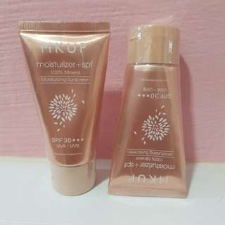 MK Up Moisturize+Spf 100%Mineral +Sunscreen.spf30*** UVA.UVB selling one for $18 two for $30
