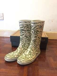Aigle rain gum boots