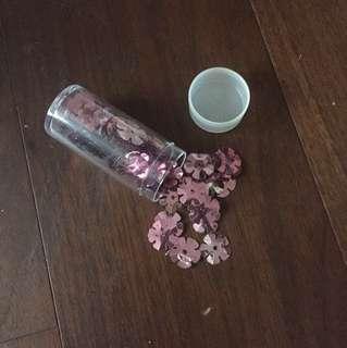 🚚 粉色花朵亮片
