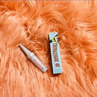 Benefit 3D Browtones (shade: 4)