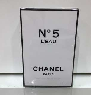 Chanel No. 5 Leau