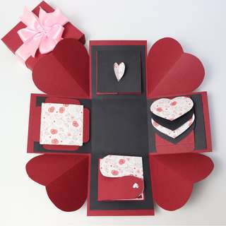 Infinity Hearts Explosion Gift Box