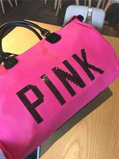 VS PINK TRAVEL BAG ❤️ (limited stocks only)