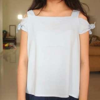 Colorbox shoulder off blue