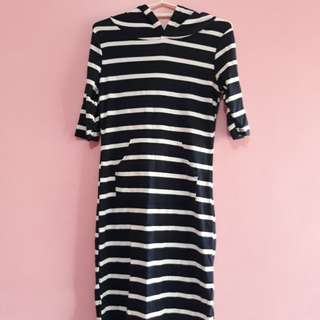 Stripes dress with hoody