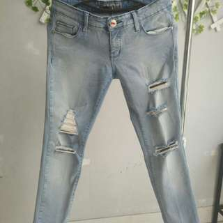 Ripped Jeans Light Blue