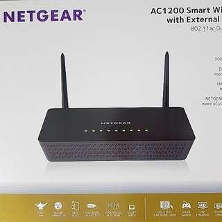 Wireless Router - Netgear AC1200