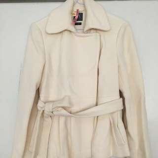 A|X Armani Exchange 白色羊毛短版繫帶外套