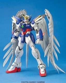 MG 1/100 Wing Gundam Zero Custom Plastic Model