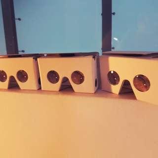 4 VR headset