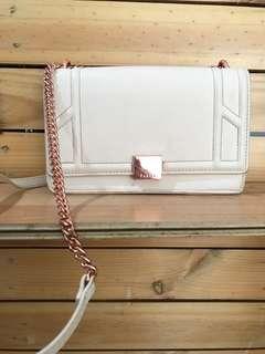 Pedro sling bag beige