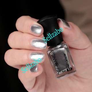 Metallic Nails Polish : Silver : Polishes : Polished : Metal : Effect : Colour : Unique : Reflective : Chrome