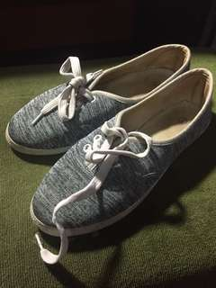 Gray Shoes Size 7