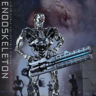 MISB Hot Toys Terminator Genisys Endoskeleton