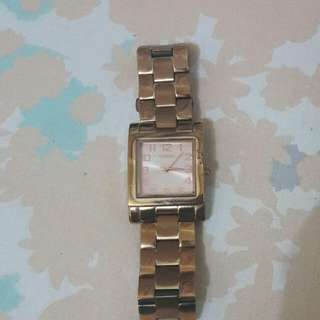 Preloved guess watch rose gold