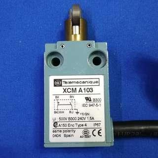 Telemecanique XCM-A103 Limit Switch Roller Plunger