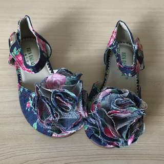 *NEW* floral denim open-toe sandals size