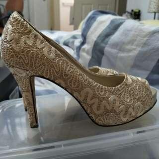 Wedding shoes lace