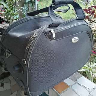 Sky Travel Luggage | Slightly Used | Grey | Up to 45 Kilos