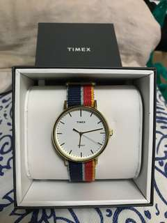 Timex 彩色錶帶手錶
