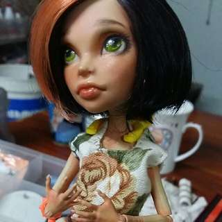 Monster High doll repaint (Oak)