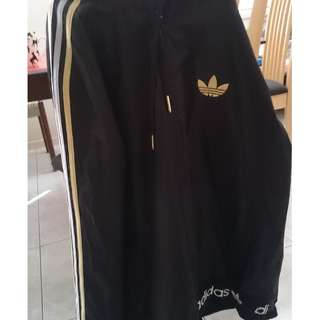 ADIDAS JACKET / WINDBREAKER