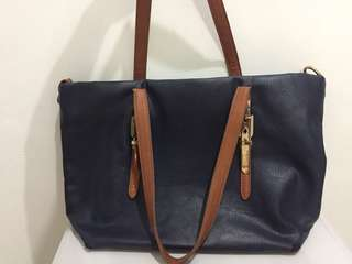 Shoulder Bag Biru Navy