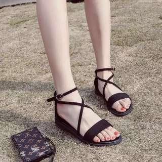 PO ulzzang vintage cross strap sandals