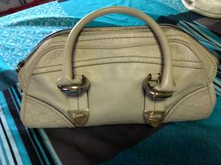 Authentic pure leather Gucci Bag