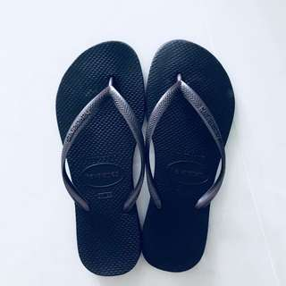 Havaianas Slippers (Ladies)