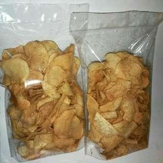 Keripik talas (yam taro chips)