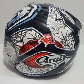 Arai Helmet shinya nakano for sale. Used about 5 times. Interest please do pm me.