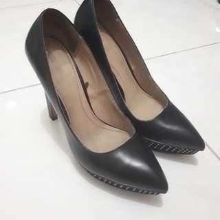 Zara Black Heel