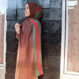Hijab Gucci semprem