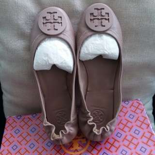 Tory Burch size 37