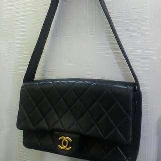 Chanel 古董袋7成崭