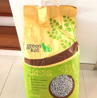 Green Kat 100% recycled paper litter 24 litres