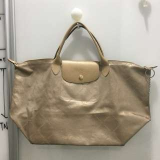 Longchamp gold metallic Le Pliage