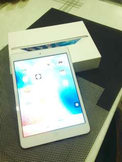 iPad Mini 1 16gb (super negotiable)