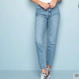Looking for pants like this!