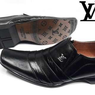 Louis Vuitton pantopel sz 39-43