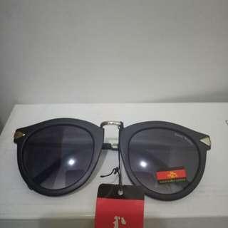 Kacamata kekinian, brand Rockscullyear