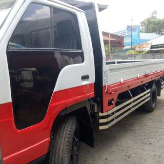 Isuzu 4hf1 dropside 14 ft