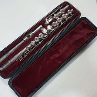 Yamaha F100S Flute